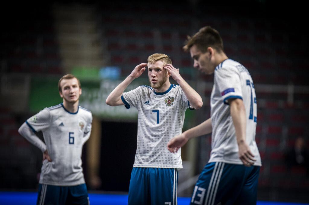 Россия U-19